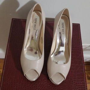 Nine West Peep Toe high heels